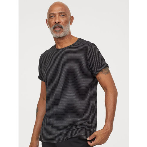 H&M Men Black Striped Slub Jersey T-shirt