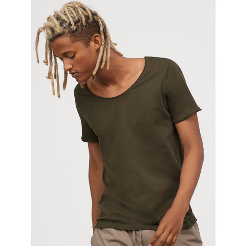 H&M Men Green Solid Low-necked T-shirt