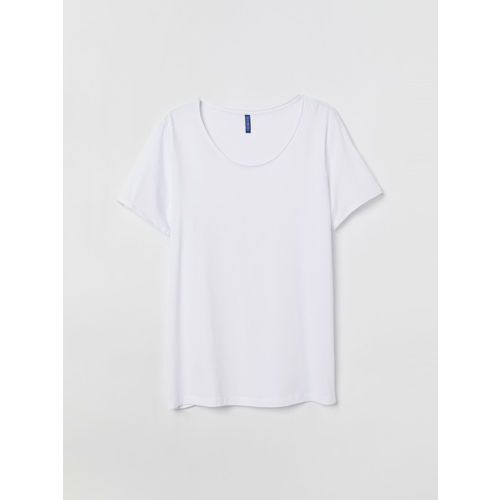 H&M Men White Solid Low-Necked T-shirt