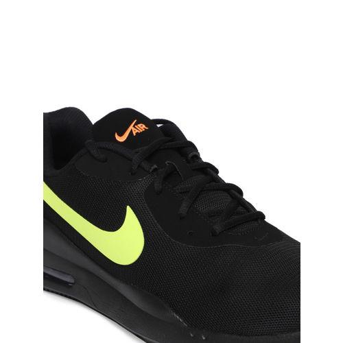 Nike Men Black Air Max Oketo Sneakers