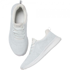 HRX by Hrithik Roshan Running Shoes For Men(White)