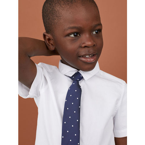H&M Boys White Solid Shirt with a Tie/Bow Tie