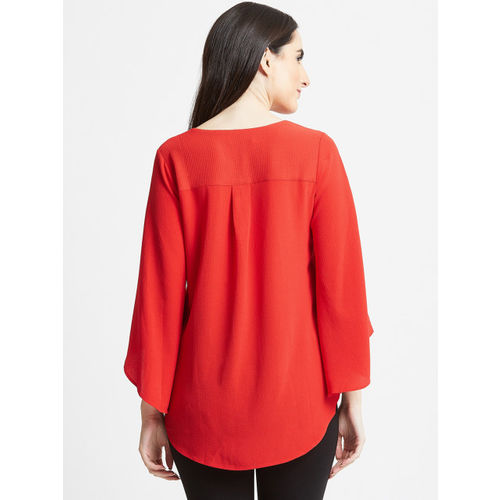 COVER STORY Women Red Solid High-Low Woolen Top