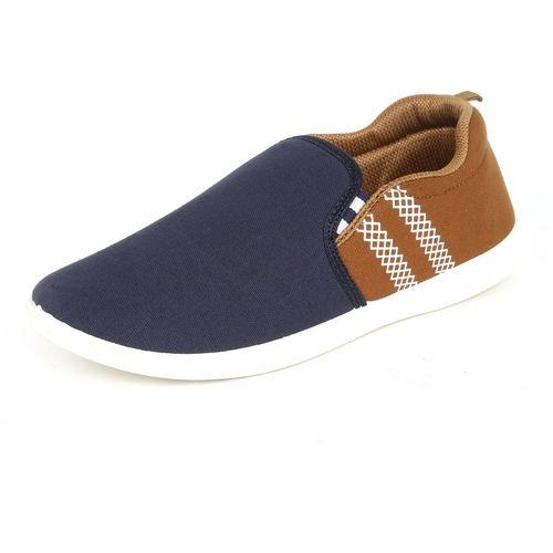 V2 Retail Limited Loafers For Men(Blue)