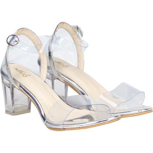 misto Women White Heels