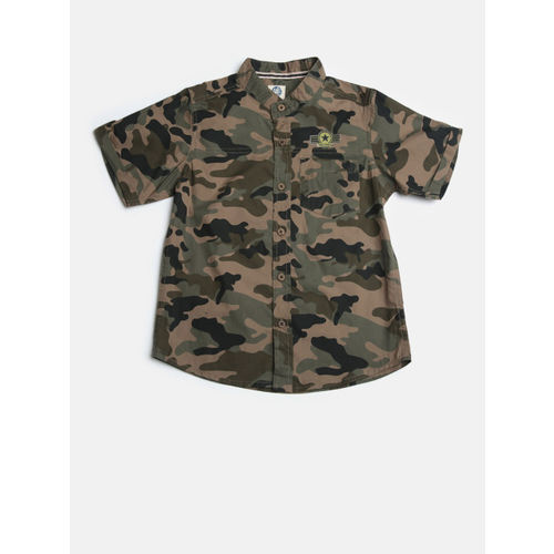 YK Boys Olive Green & Black Regular Fit Camouflage Print Casual Shirt