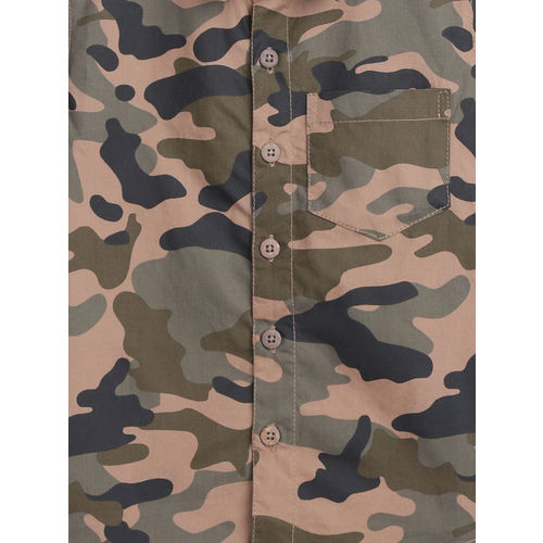YK Boys Beige & Olive Green Regular Fit Camouflage Print Casual Shirt