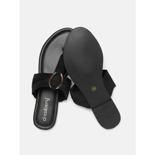 DressBerry Women Black Solid T-Strap Flats
