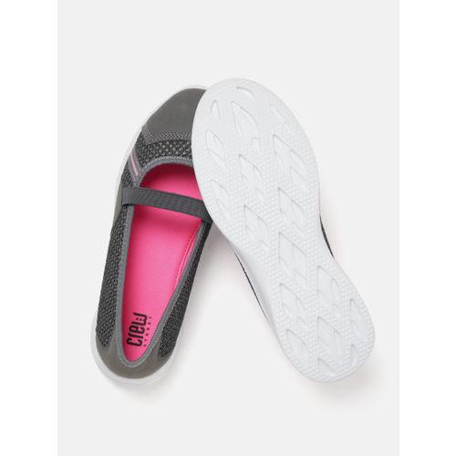Crew STREET Women Grey Woven Design Walking Slip-On Shoes