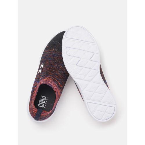 Crew STREET Women Black & Pink Woven Design Running Shoes