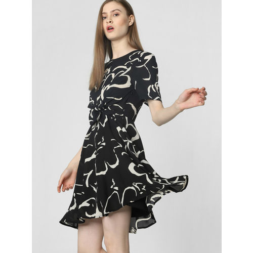 Vero Moda Women Black & Off-White Printed Fit and Flare Dress