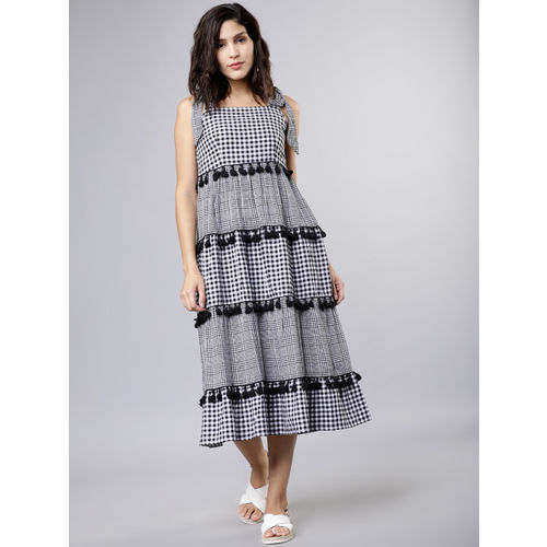 Tokyo Talkies Women Black & White Semi-Fit Checked Fit and Flare Dress