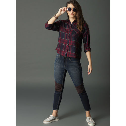 Roadster Women Navy Blue & Maroon Regular Fit Checked Casual Shirt
