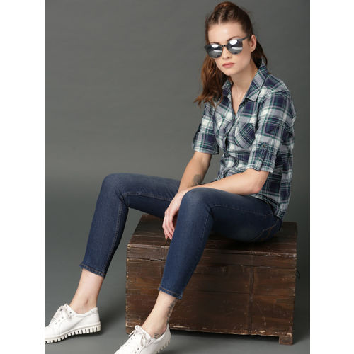 Roadster Women White & Navy Blue Regular Fit Checked Casual Shirt