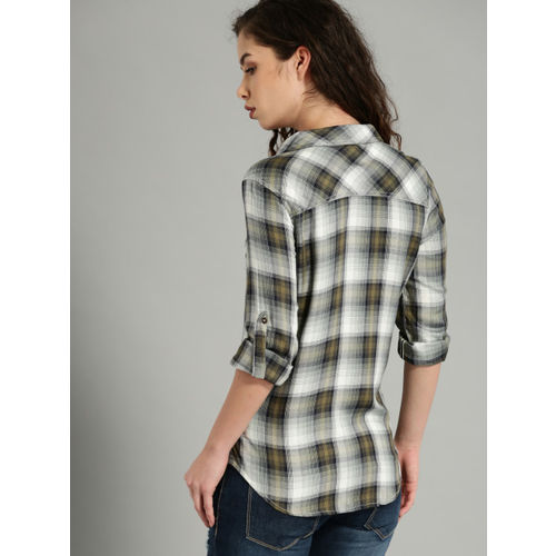 Roadster Olive Green & Grey Regular Fit Checked Casual Shirt