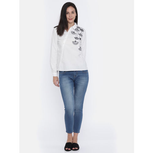 Vero Moda Women Off-White Classic Regular Fit Self Design Casual Shirt