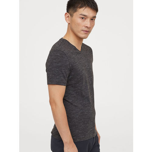 H&M Men Black Solid V-neck T-shirt Slim Fit