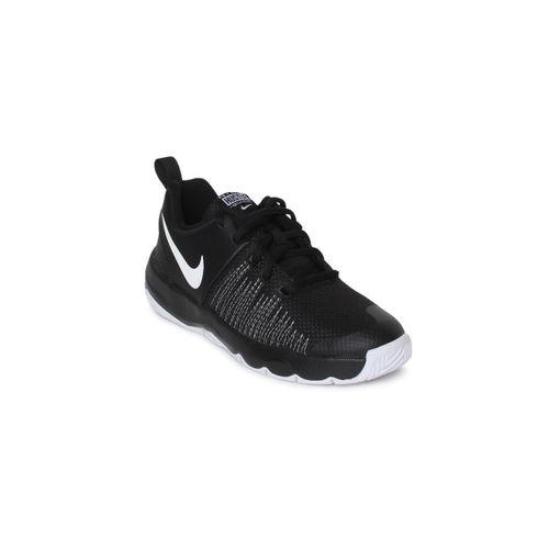 Nike Boys Black Solid Team Hustle Quick (GS) Basketball Shoes