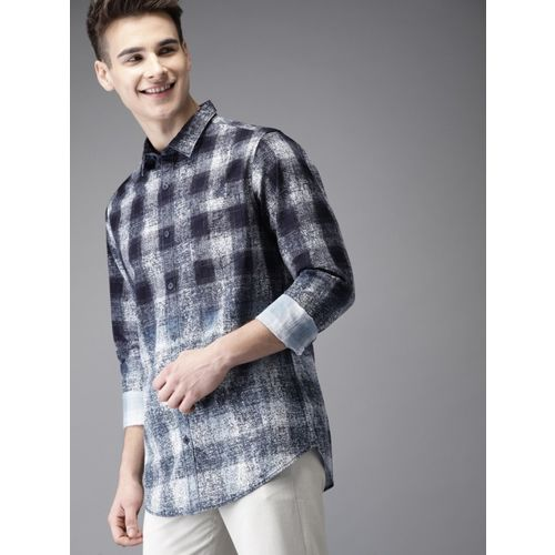 HERE&NOW Men Checkered Casual Dark Blue Shirt