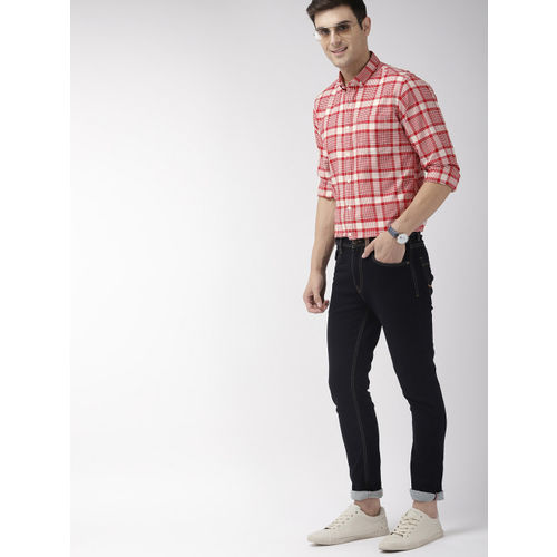 Mast & Harbour Men Red & Off-White Regular Fit Checked Casual Shirt