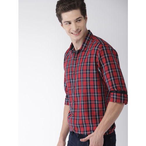 Mast & Harbour Men Red & Navy Blue Regular Fit Checked Casual Shirt