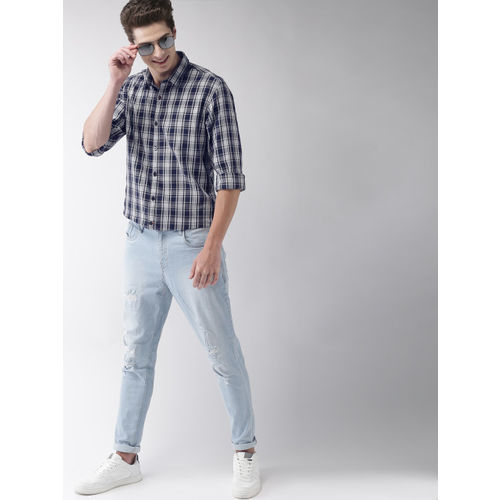 Mast & Harbour Men Navy Blue & White Regular Fit Checked Casual Shirt