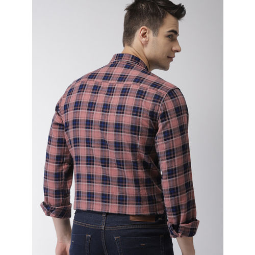 Mast & Harbour Men Peach & Navy Slim Fit Checked Casual Shirt