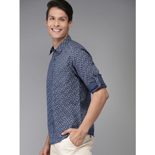 HERE&NOW Men Navy Blue & White Regular Fit Printed Casual Shirt