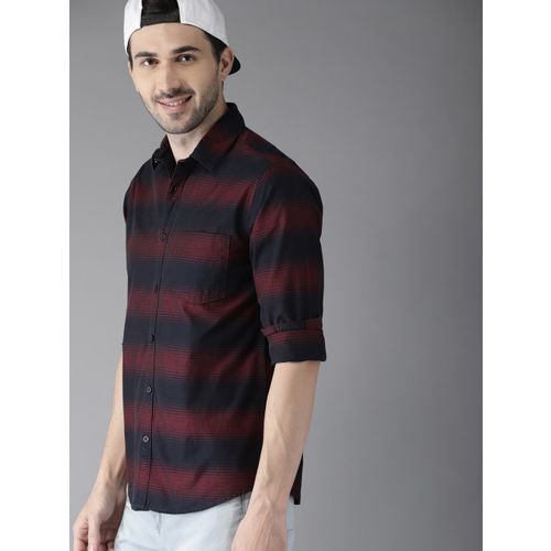 HERE&NOW Men Maroon & Navy Blue Tailored Fit Striped Casual Shirt