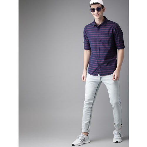 HERE&NOW Men Navy Blue & Red Slim Fit Striped Casual Shirt