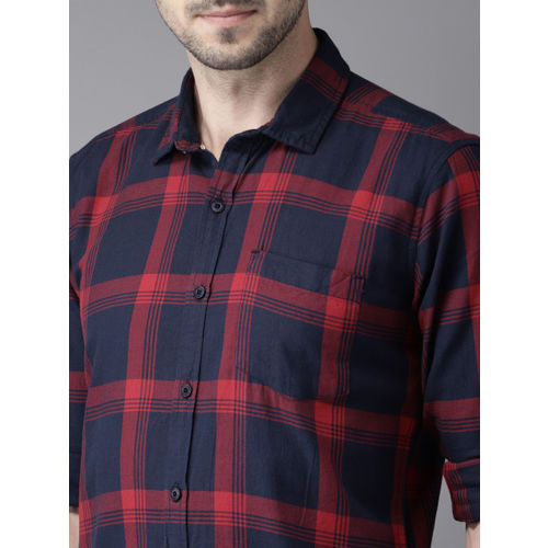 HERE&NOW Men Red & Navy Blue Slim Fit Checked Casual Shirt