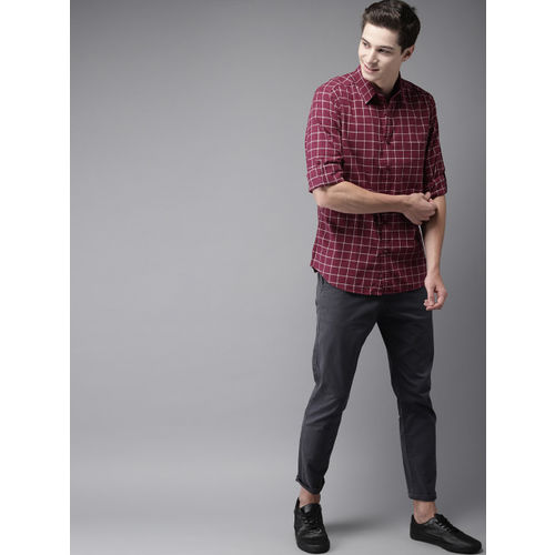 HERE&NOW Men Maroon & Grey Regular Fit Checked Casual Shirt