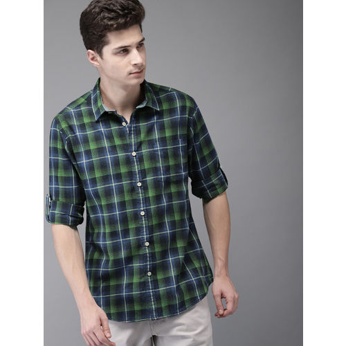 HERE&NOW Men Navy Blue & Green Regular Fit Checked Casual Shirt