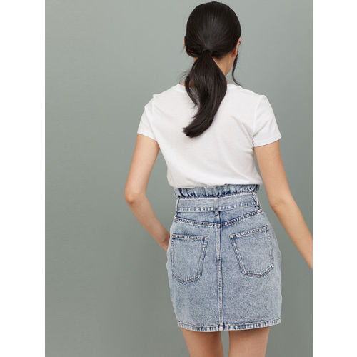 H&M Women Blue Solid Denim Skirt with a Belt