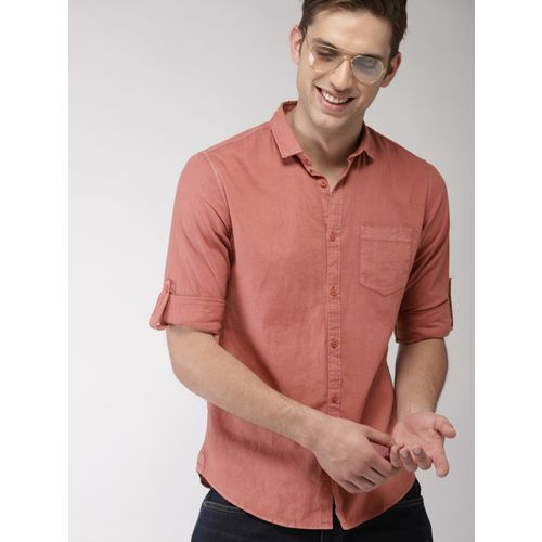 Mast & Harbour Men Solid Casual Pink Shirt