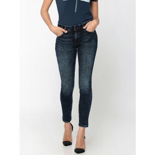 ONLY Women Blue Slim Fit Mid-Rise Low Distress Stretchable Cropped Jeans