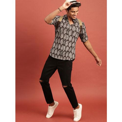 Taavi Men Black Kalamkari Block Printed Regular Fit Casual Shirt with Roll-Up Sleeves