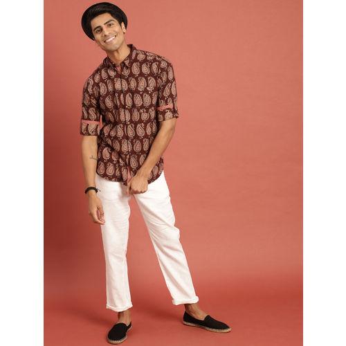 Taavi Men Maroon Kalamkari Block Printed Regular Fit Casual Shirt with Roll-Up Sleeves