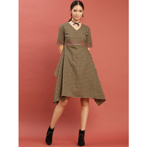 Taavi Women Beige & Black Woven Legacy A-Line Checked Dress with Pockets