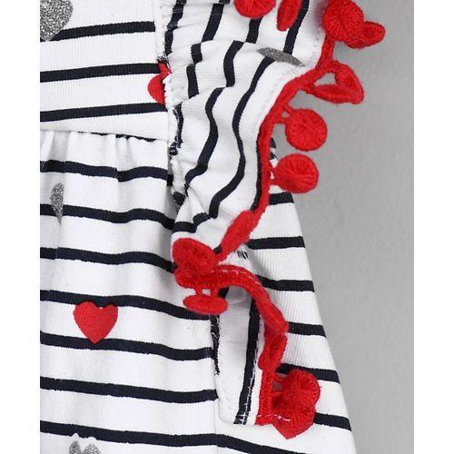 Babyoye Flutter Sleeves Frock Heart Print - Black & White