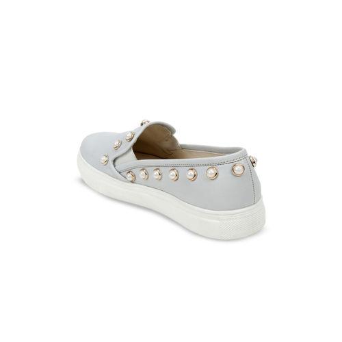 SCENTRA Women Grey Slip-On Sneakers