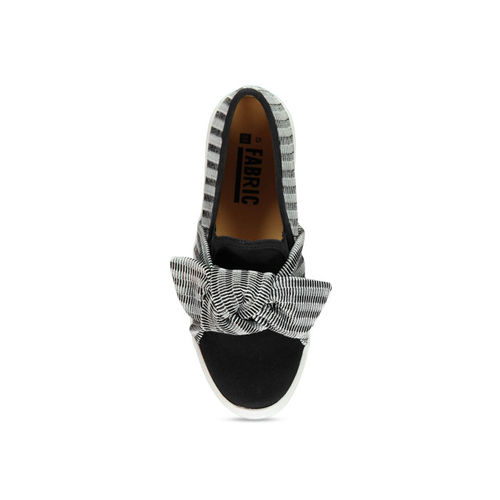 FABRIC Women Black Slip-On Sneakers