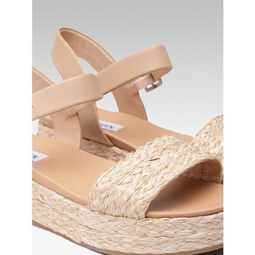 Steve Madden Women Beige Woven Design Sandals