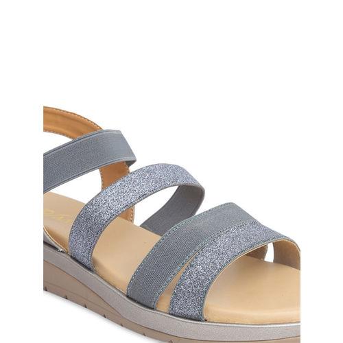 VALIOSAA Women Grey Solid Sandals