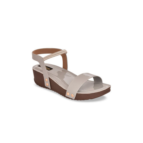 Shoetopia Women Grey Solid Sandals