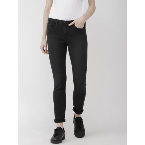 Levis Women Black Skinny Fit Mid-Rise Clean Look Stretchable Jeans 711