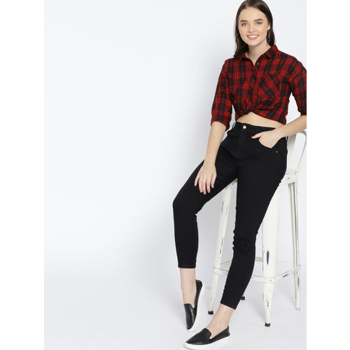 DressBerry Women Black Skinny Fit Mid-Rise Low Distress Cropped Stretchable Jeans