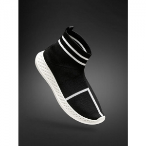 2GO Women Black Mid-Top Running Shoes