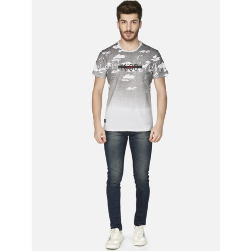 KOZZAK Men Grey & Off-White Printed Slim Fit Round Neck T-shirt
