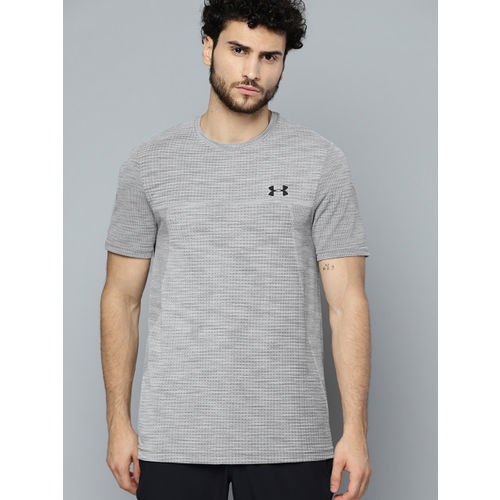 UNDER ARMOUR Men Grey Vanish Seamless Nov 1 Self-Design T-Shirt
